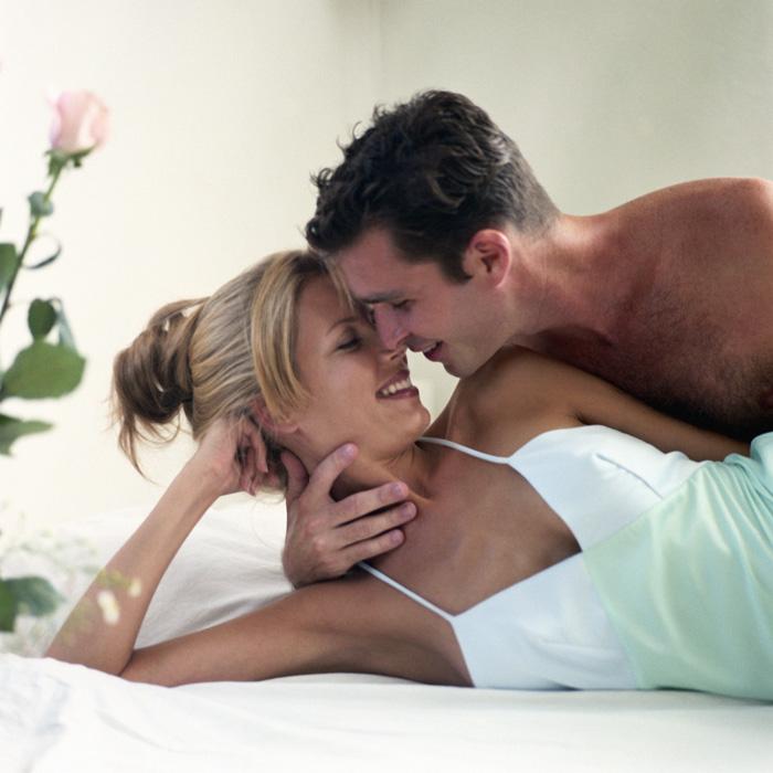 Картинки с добрым утром девушка целует парня, ночи картинки